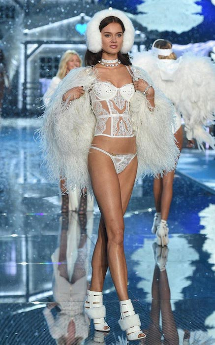 Jac Jagaciak at VS Fashion Show