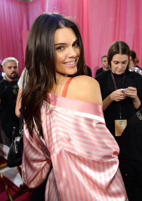 Kendall Jenner at Victoria's Secret 2015 backstage