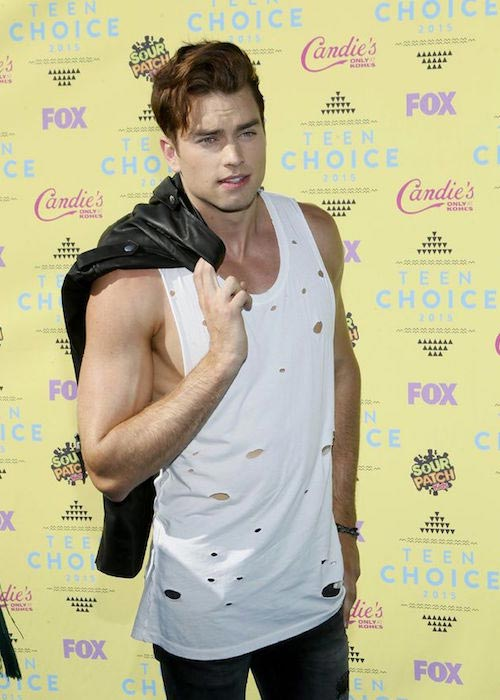 Pierson Fode at the 2015 Teen Choice Awards