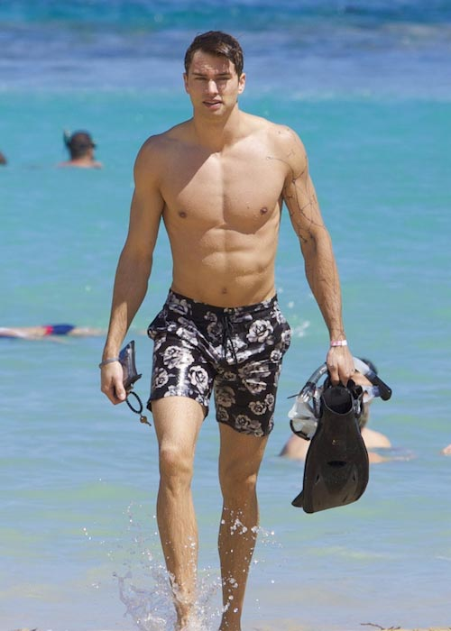 Pierson Fode shirtless in Hawaii