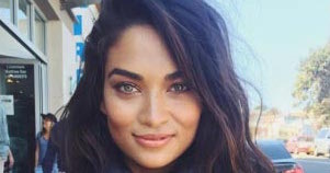 Shanina Shaik - Featured Image