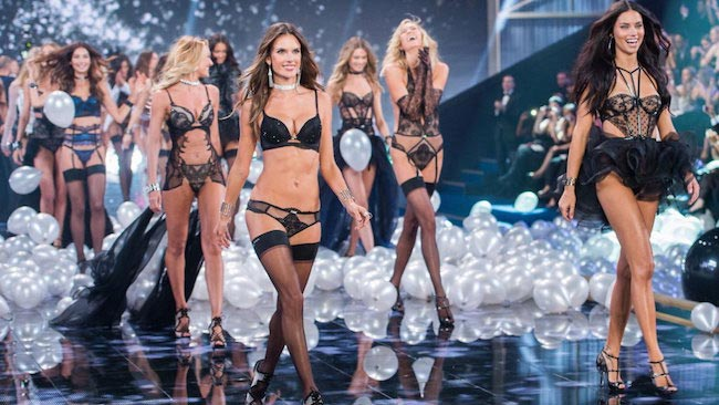 VS Angels in the 2015 Victoria's Secret Fashion Show