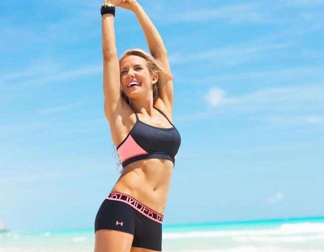 Anna Kaiser fit figure