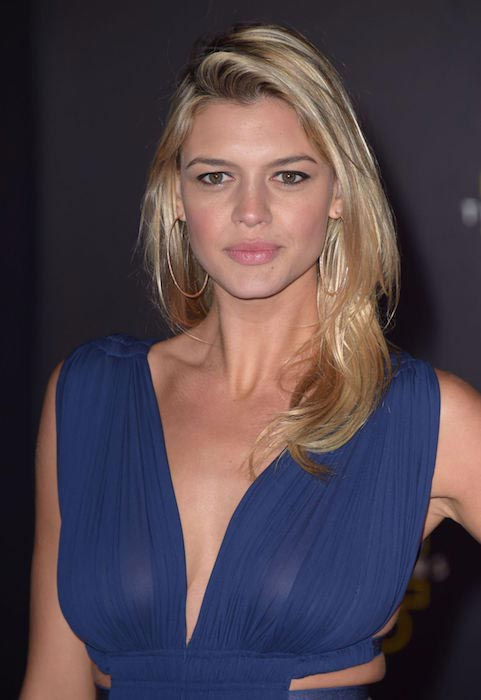 "Kelly Rohrbach at ""Star Wars: The Force Awakens"" premiere in Hollywood in December 2015"