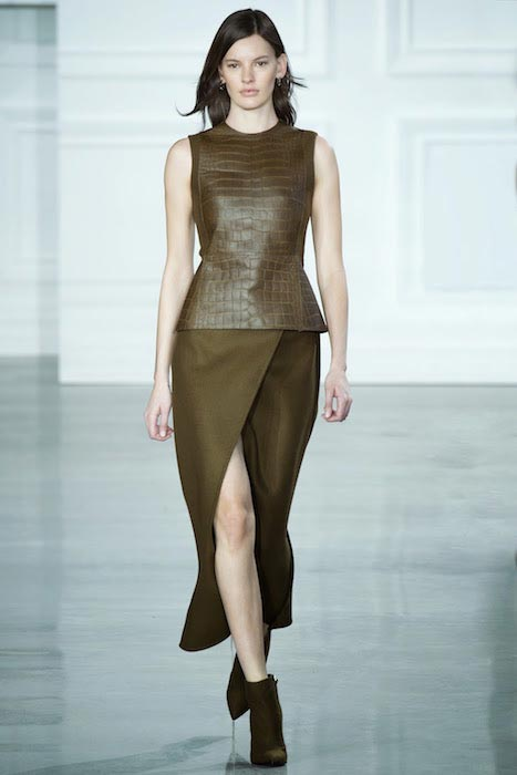 Amanda Murphy walking for Jason Wu in the Autumn Winter NYFW 2015-2016