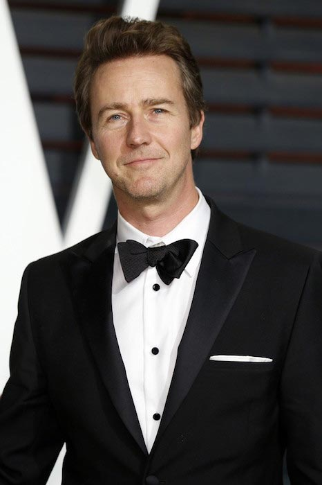 Edward Norton at 2015 Vanity Fair Oscar Party