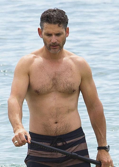 Eric Bana shirtless body