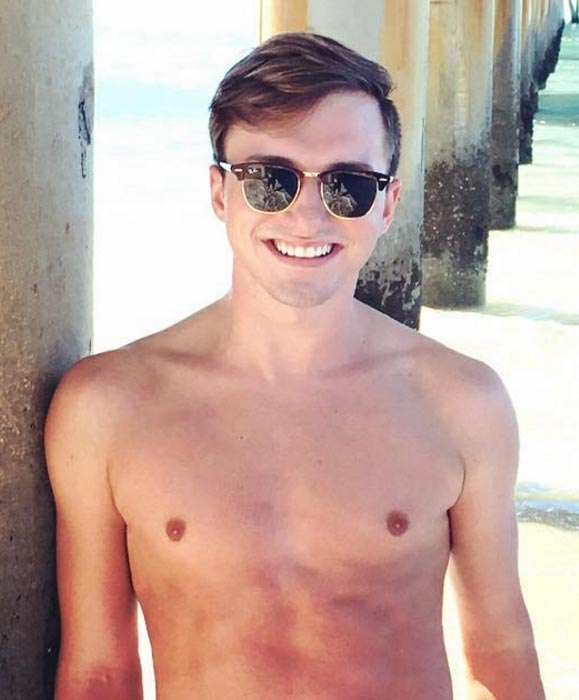 Lucas Cruikshank shirtless