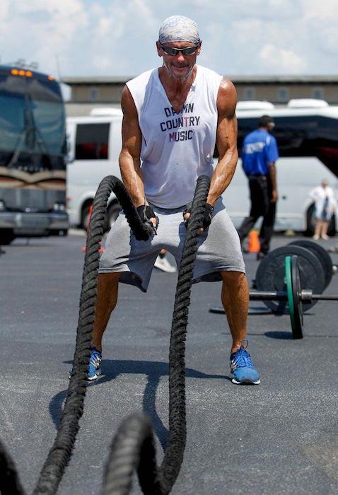 Tim Mcgraw rope workout