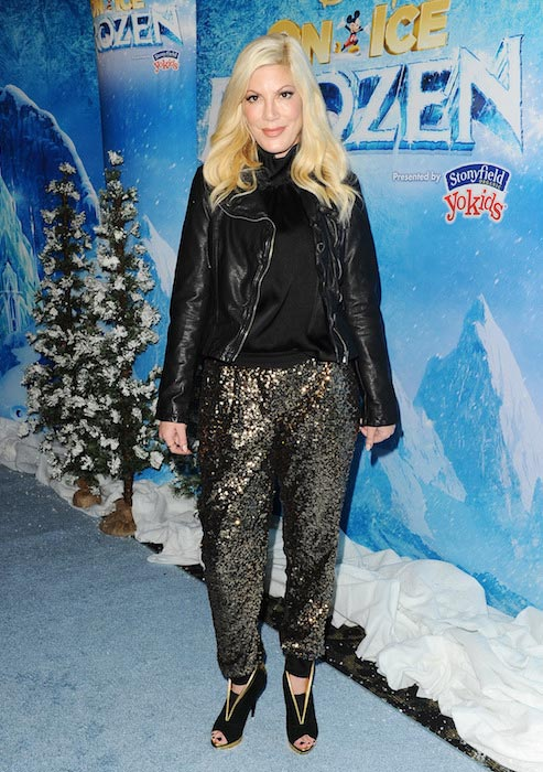 Tori Spelling at Disney on Ice in Los Angeles on December 10, 2015