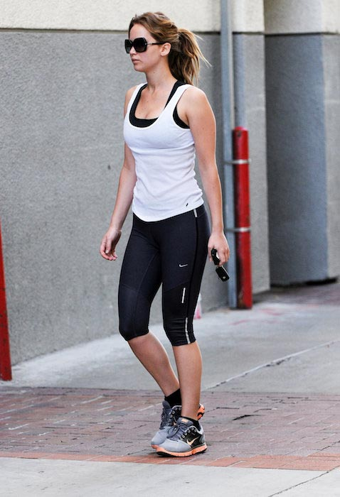 Jennifer Lawrence leaving the gym post workout