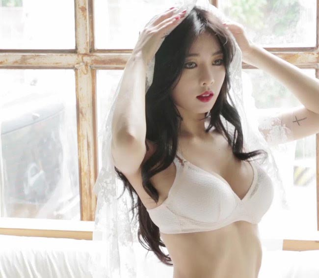 Kim Hyuna Height Weight Body Statistics - Healthy Celeb