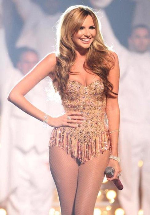 Nadine Coyle hot