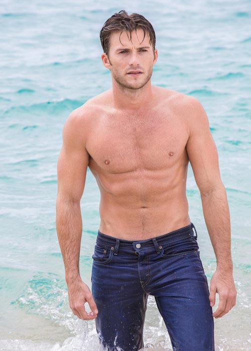 Scott Eastwood shirtless body during a photoshoot in July 2015