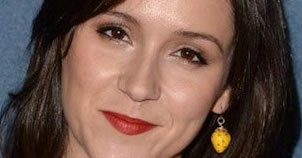 Shannon Woodward - Featured Image