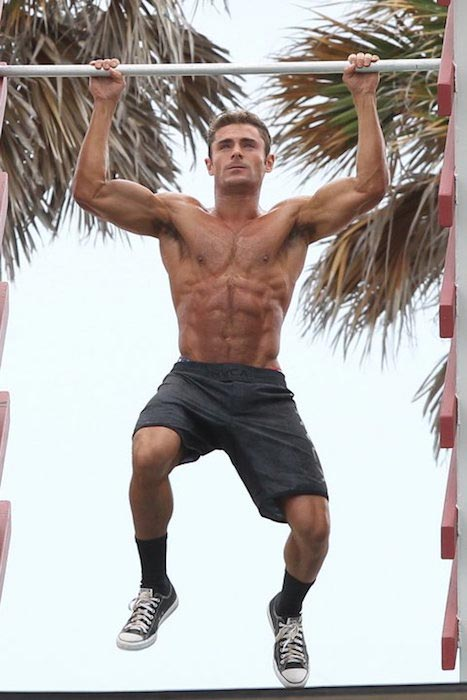 Zac Efron muscular body