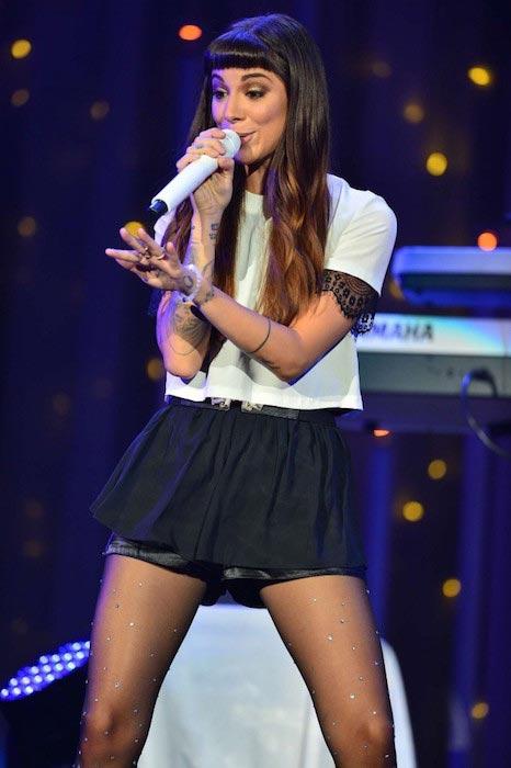 Christina Perri performing Live in Miami at 2014 Demi World Tour