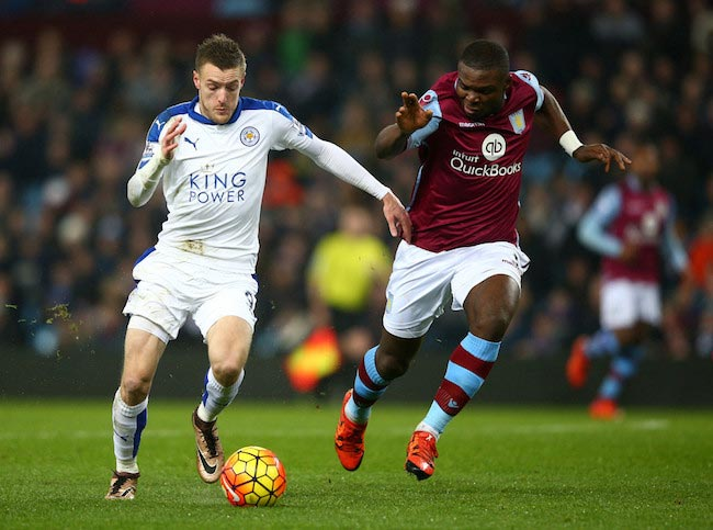 Jamie Vardy in a duel with West-Ham's Jores Okore on January 16, 2016 at Villa Park in Birmingham, England