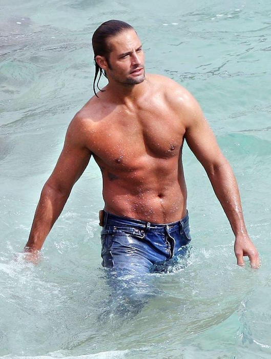 Josh Holloway shirtless