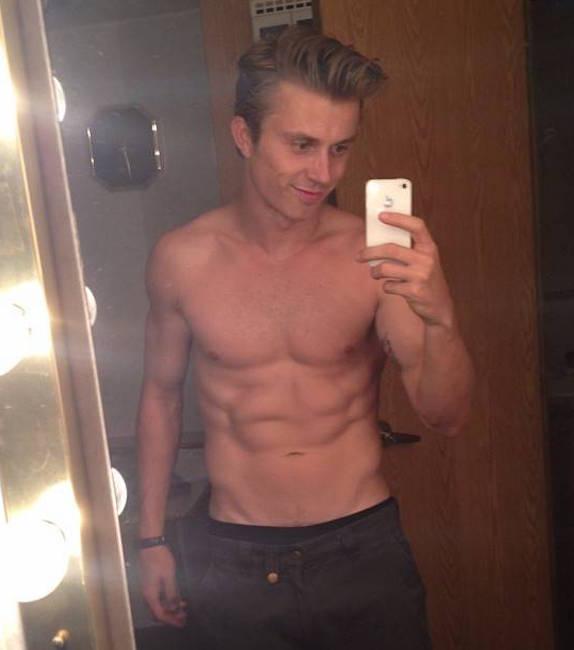 Kenny Wormald shirtless body