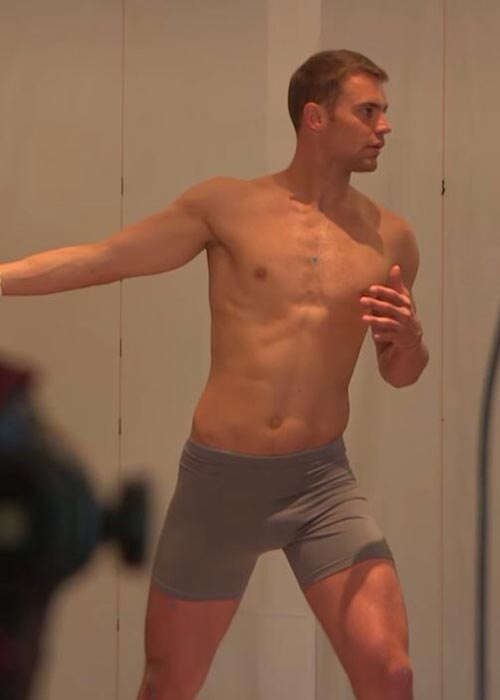 Manuel Neuer shirtless body