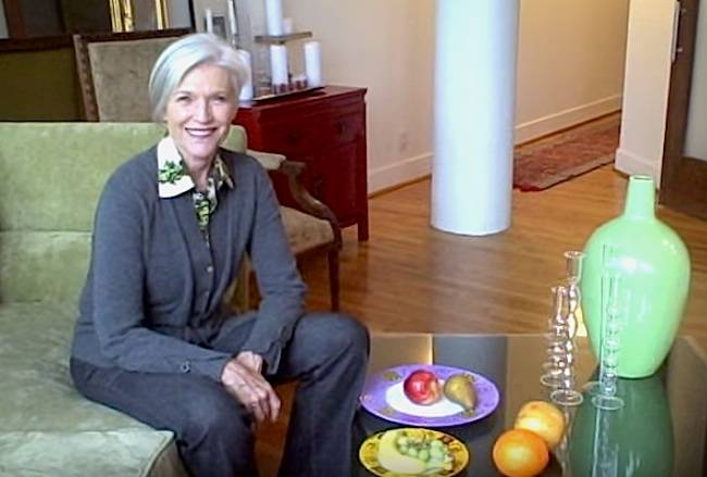 Maye Musk having fruits