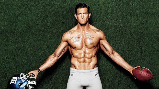 Steve Weatherford shredded abs and muscular body