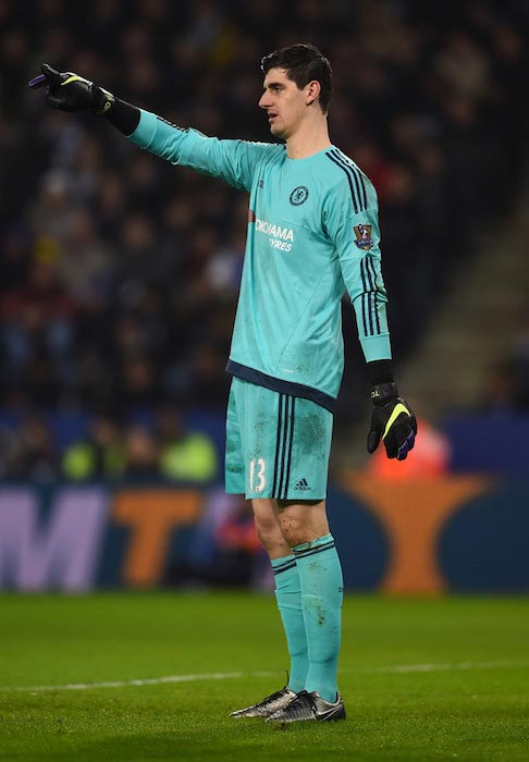 Thibaut Courtois during a match between Leicester City and Chelsea on December 14, 2015