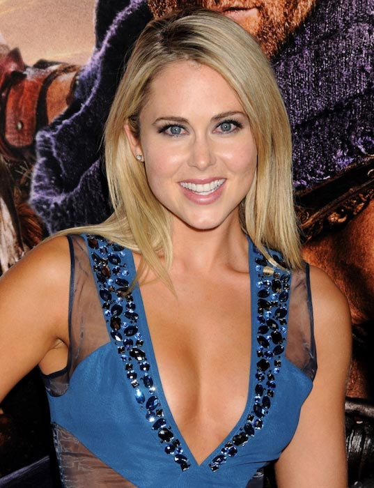 "Anna Hutchison at the premiere of Starz's ""Spartacus: War Of The Damned"" in January 2013"