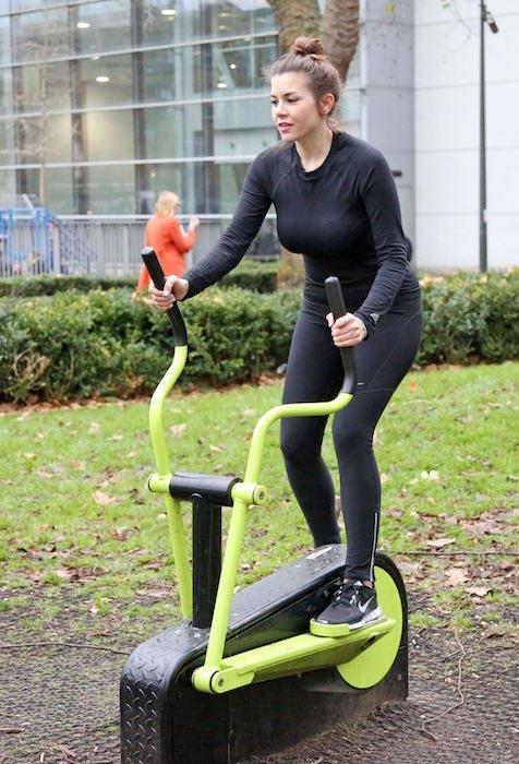 Imogen Thomas workout