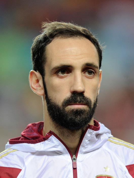 Juanfran before the start of the match between Spain and Ukraine on March 27, 2015