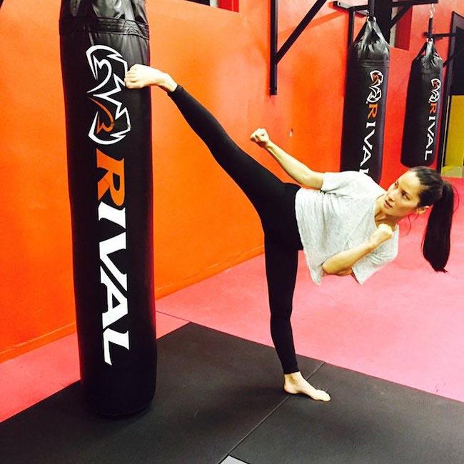 Olivia Munn kicking workout