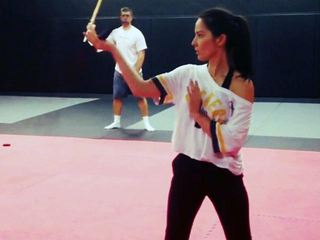Olivia Munn sword fighting for X-Men: Apocalypse