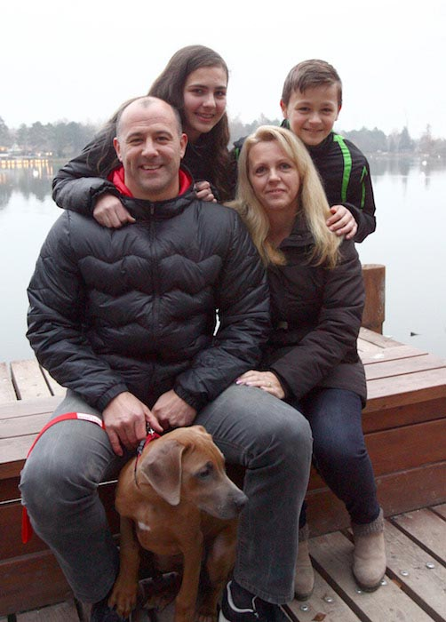 Gabor Kiraly and wife Zsanett with their children