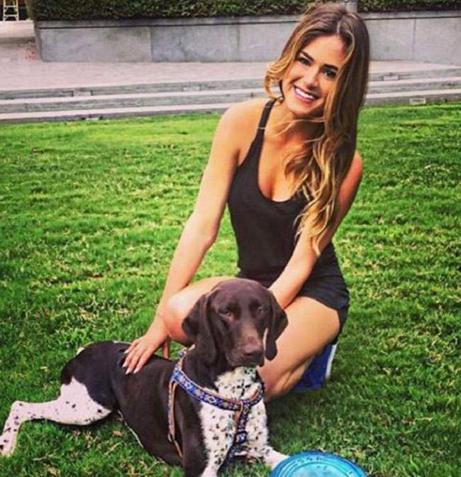 JoJo Fletcher with her dog