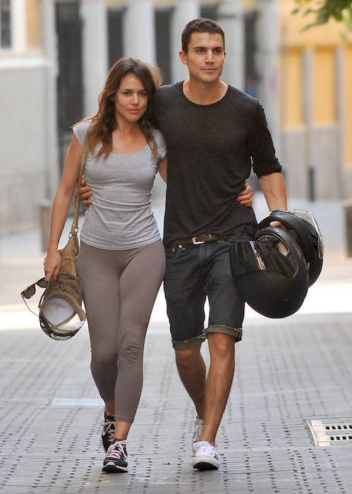 Adriana Ugarte with boyfriend Alex Gonzalez in 2013