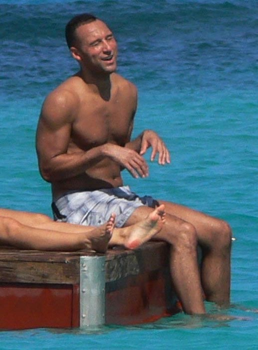 Derek Jeter shirtless body