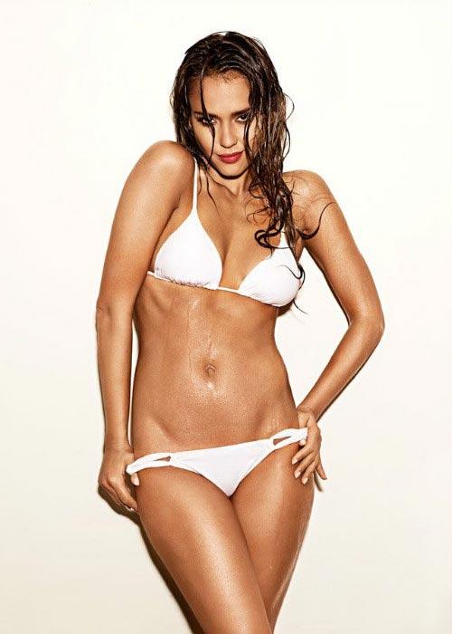 Jessica Alba bikini hot