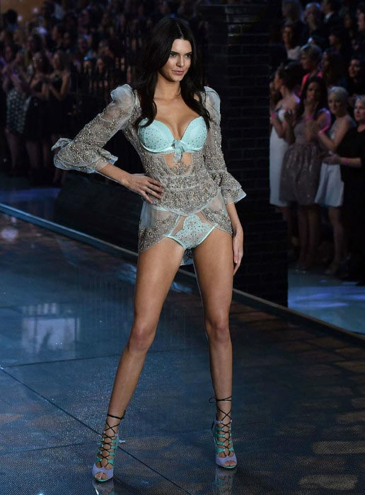 Kendall Jenner hot 2015 VS Fashion Show