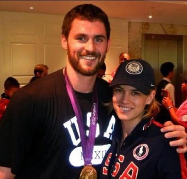 Charlotte dating kevin love