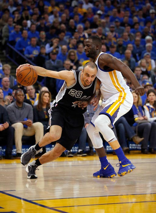 Manu Ginobili in action against Draymond Green on January 25, 2016 in Oakland