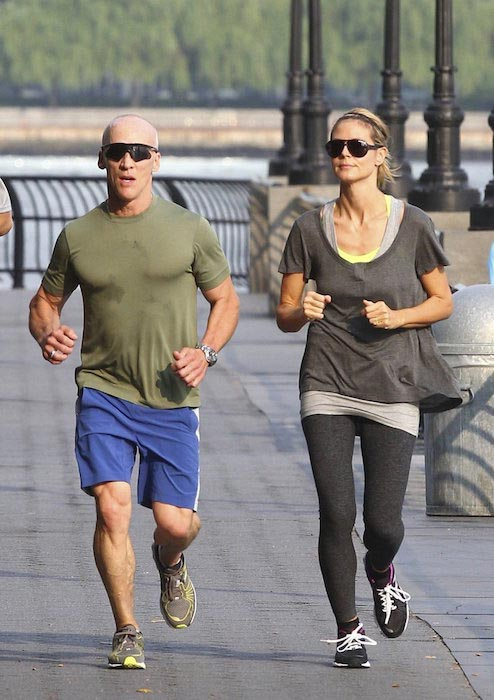 David Kirsch and Heidi Klum running outdoors