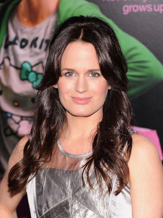 Elizabeth Reaser at Young Adult world premiere in December 2011