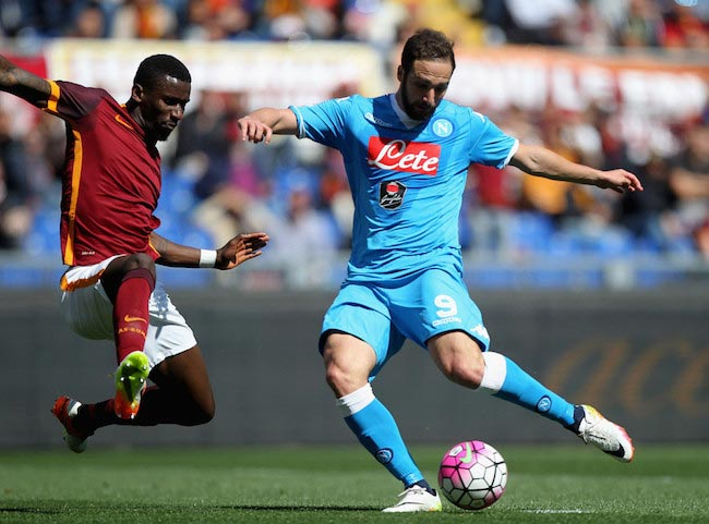 Gonzalo Higuain in action against Antonio Rüdiger of AS Roma on April 25, 2016 in Rome