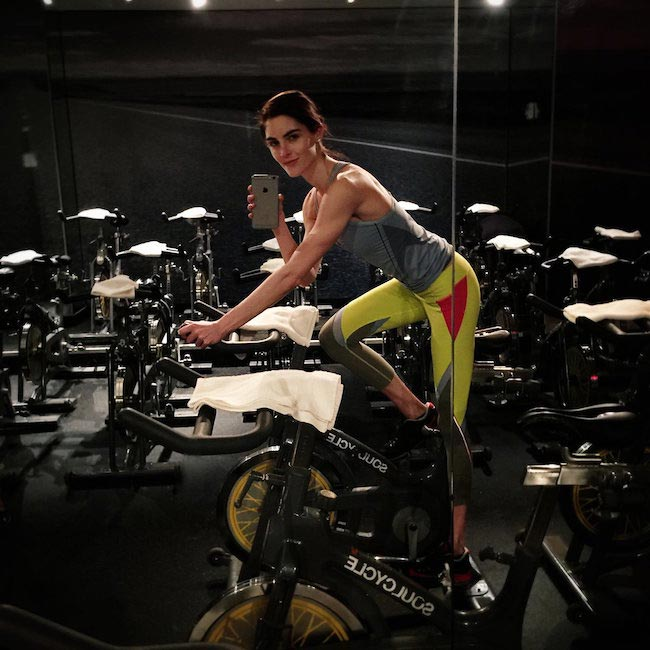Hilary Rhoda fitness selfie at Soulcycle