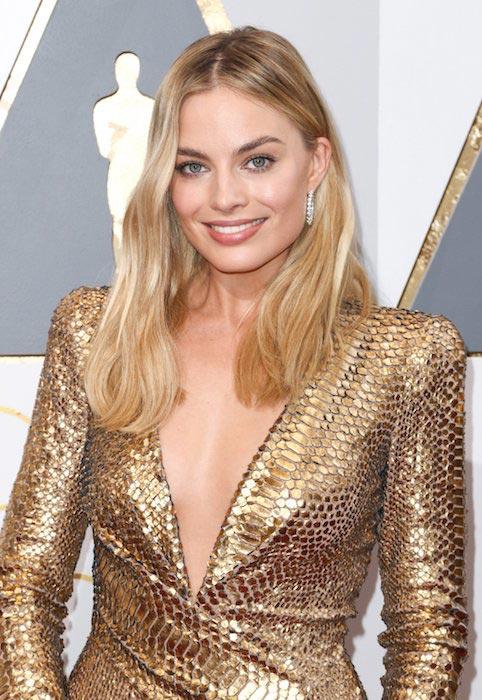 Margot Robbie Tom Ford dress 2016 Academy Awards