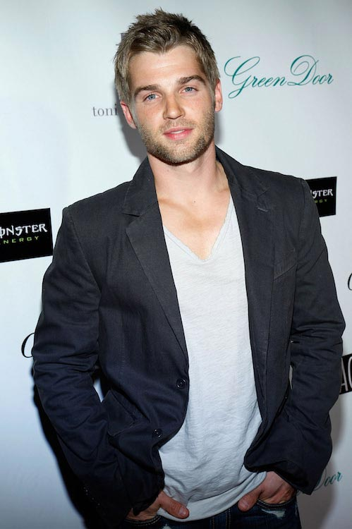 "Mike Vogel at ""Across The Hall"" LA premiere in December 2009"