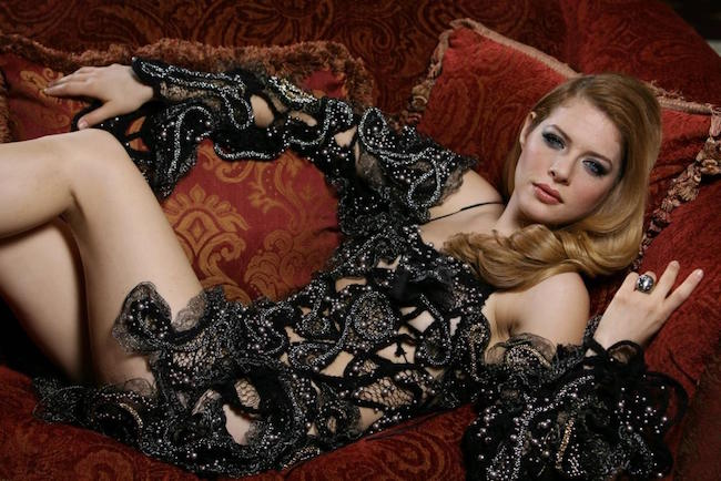 Rachelle Lefevre perfect figure