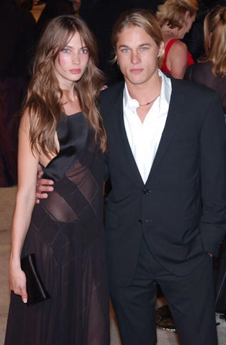 Travis Fimmel with Jessica Miller
