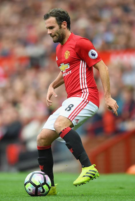 Juan Mata with the ball during a match between Manchester United and Leicester City on September 24, 2016